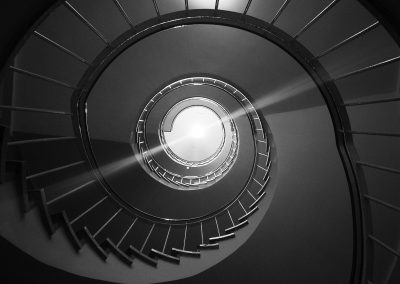 spiral-staircase-1335548_1920